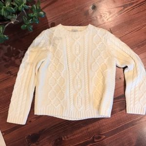 Girls LLBean cable sweater